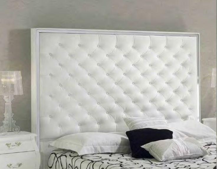Sengegavl modell TRONDHEIM✨. www.mirame.no #trondheim #seng #sengegavl #soverom #drømsøtt #norskehjem #nettbutikk #interior #interiør #mirame #design #hus #hjem #seng #godhelg #inspirasjon #nattbord #rom123 #m-93