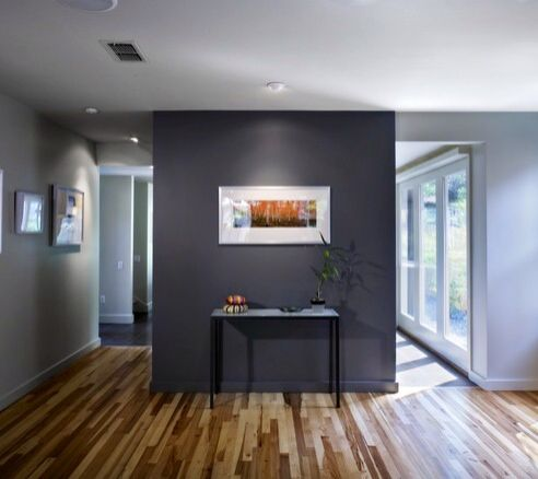 Lighter walls with one darker accent wall
