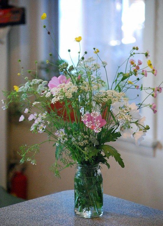 bohemian wedding wild flower decor | wildflower bouquet