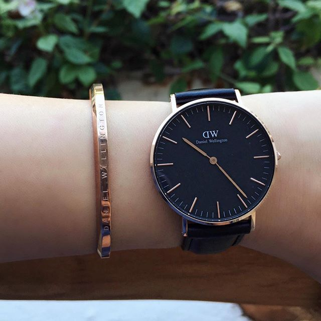 Classic black daniel wellington watch and cuff