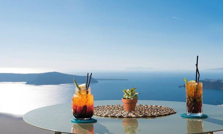 Cocktail time! Explore: http://www.sophiasuites-santorini.com   #sophiasuites #santorini #imerovigli #caldera