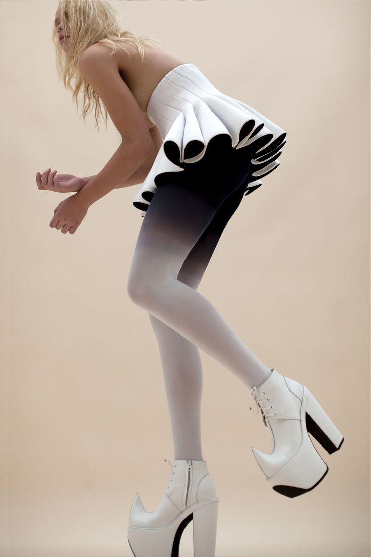 Robert Wun's collection'12, paneled high waist skirt.