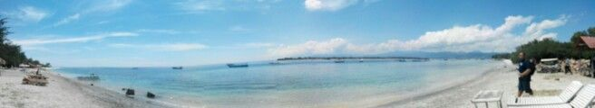 Berjalan ditepi pantai bersama biru memberikan semangat baru dan hal tak terlupakan..  Bersama biru dan pasir yang panas oleh sinar mentari tak ada keluhan terucap hanya bahagia Obrolan seputar kabar dan hal basa basi lainnya disampaikan dalam diam . Biru yang ku tahu selalu seperti itu Bersamanya ceria  Bersamanya tak ada keluh kesah Semoga biru sllu seperti itu..   #GILI TRAWANGAN  #Lombok