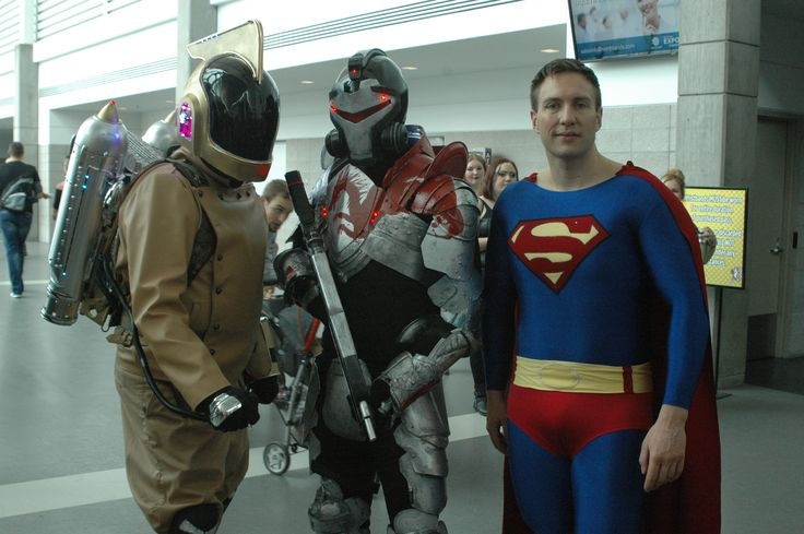 More CosPlayers at the 2014 Edmonton Comic and Entertainment Expo