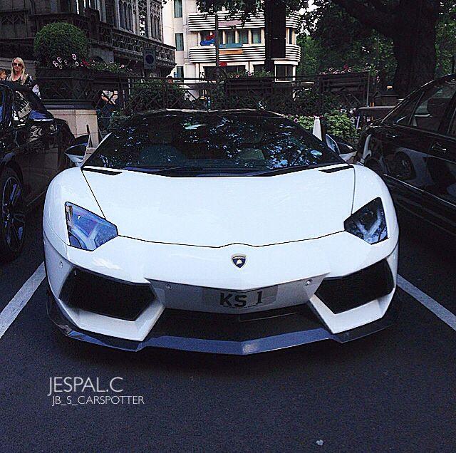 Lamborghini Aventador - London