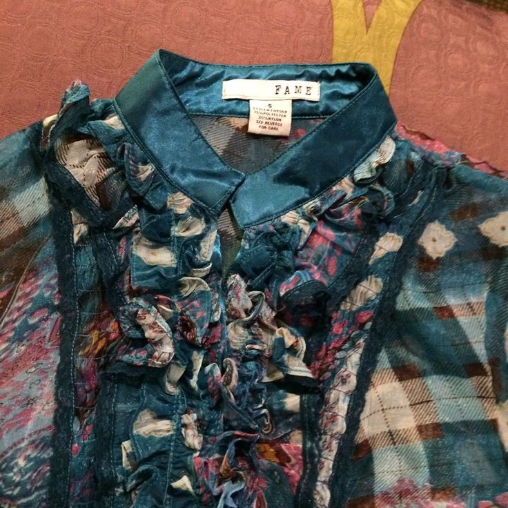 Fame Womens Button Front Blouse Shirt Ruffles Front Sz Small Blue Paisley Floral #Fame #Blouse #Career