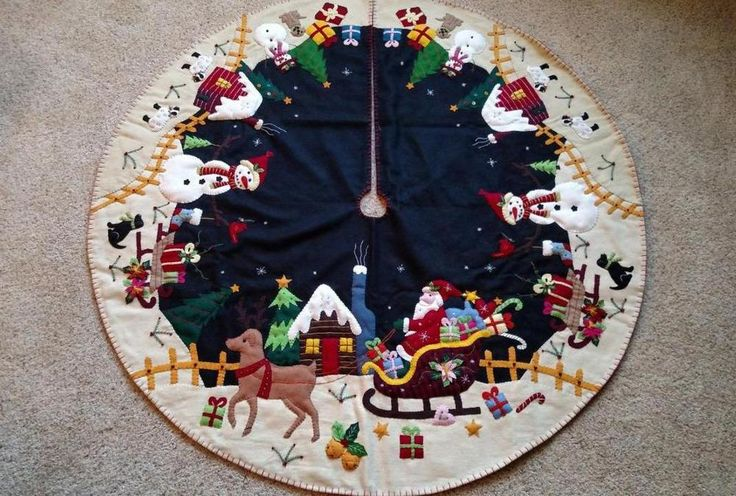 "48"" Hand made Wool Flannel Felt Bead SANTA Reindeer Snowman CHRISTMAS TREE SKIRT"