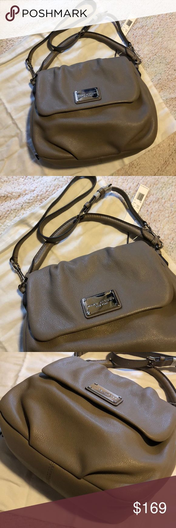 """**1 DAY SALE** Marc Jacobs Handbag Sale price only for 1 day ! New with tag Authentic Marc Jacobs Bag Color : Cement Size : Appox 10"""" (H) x 4.5"""" (D) x 12"""" (L) 100% cow leather Marc Jacobs Bags"""