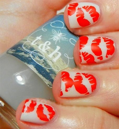 Kiss nails design | #NailArt #ValentineDay