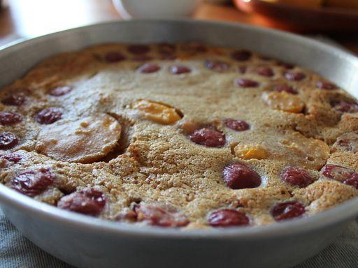 Clafoutis grand-mère aux cerises - Recette de cuisine Marmiton : une recette