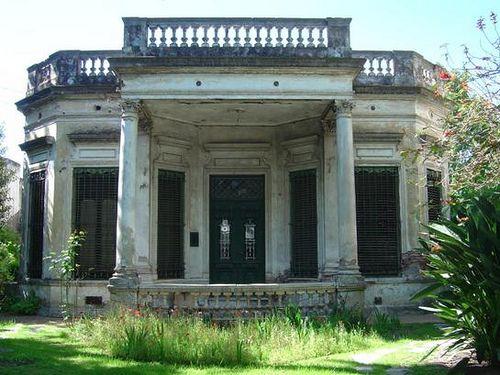 Argentina, casa antigua en Adrogué, Bs. As.