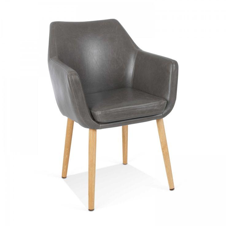 Stuhl Petrulli - 4 Fuß Stühle - Stühle & Freischwinger - Esszimmer - Möbel