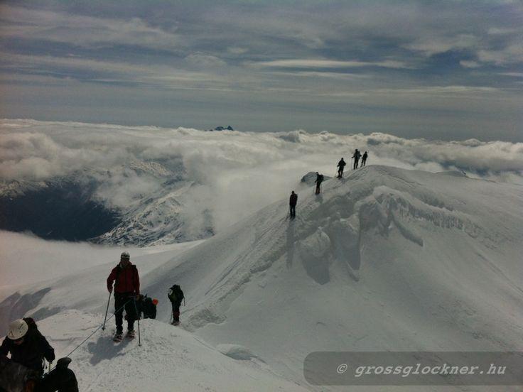 Grossvenediger(3662m) Látogass el a gleccserek világába. http://www.grossglockner.hu/grossvenediger.html