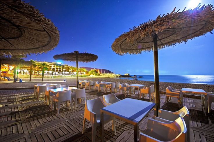 36 best images about moraira stranden on pinterest cap d 39 agde beach bars and december for Lay outs terras van het restaurant