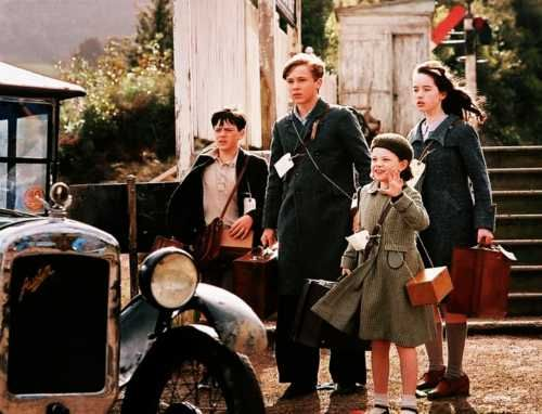 Edmund, Peter, Lucy, and Susan in The Chronicles of Narnia: The Lion, the Witch and the Wardrobe (2005)