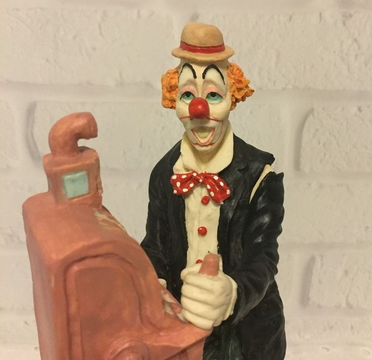 J. J Jones Clown Statue Figurine Casino Slot Machine Gambler 1988 Wedemeyer…