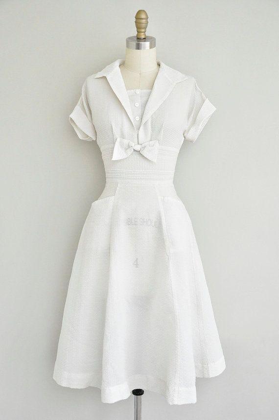 Vintage 1950s white bow tie dress - Stunning.