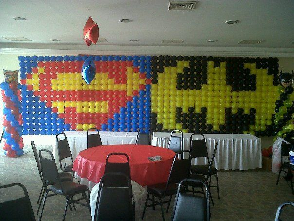 Super heroes balloon decoration balloon decor pinterest for Decoration chambre super heros