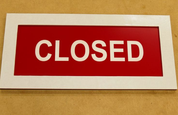 Open closed sign choose size and colours to suit your shop. Mounts on inside of window. 2 sided plate drops into frame fixed to your window