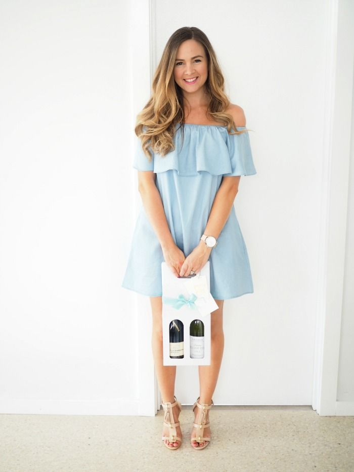 @soniastyling1 wears our 'Alexa chambray dress', available online now.