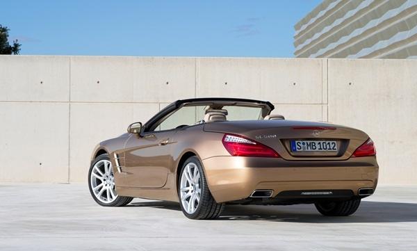 Mercedes-Benz SL-class http://ndhmoney.vn/web/guest/s34/-/journal_content/mercedes-benz-trinh-lang-3-class-xe-moi-nhat-cua-hang