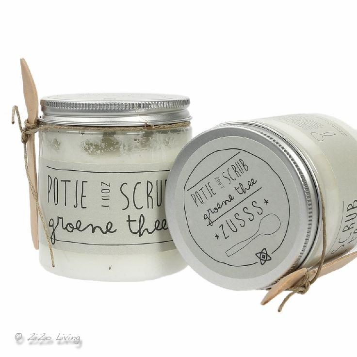 Zusss heerlijke scrubzout van groene thee. Voor bad en douche. Potje Scrub.