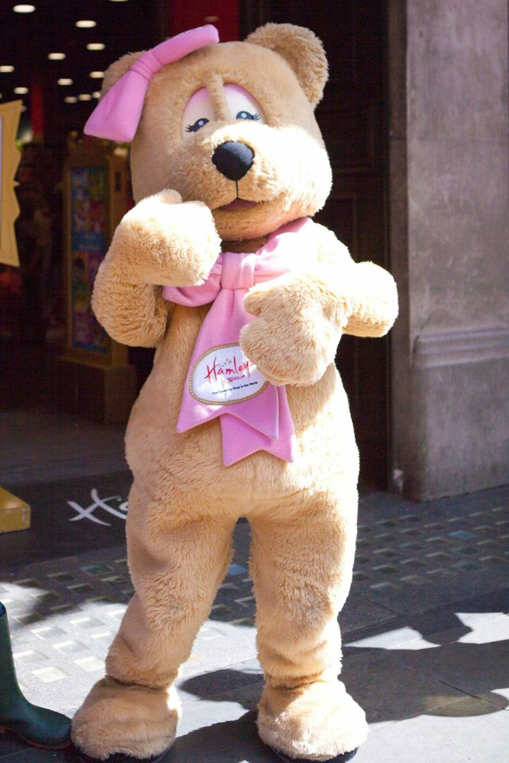Visit @Hamleys - The Finest Toy Shop in the World Regent Street, London this #Easter for a whole host of treats, including delicious chocolate and a special appearance from the Hamleys Bunny Bear. #RegentStreet