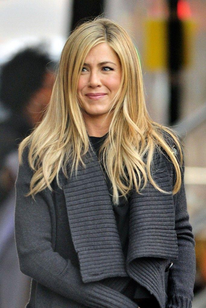 Jennifer Aniston - Jennifer Aniston Films 'Wanderlust' in Greenwich Village 2