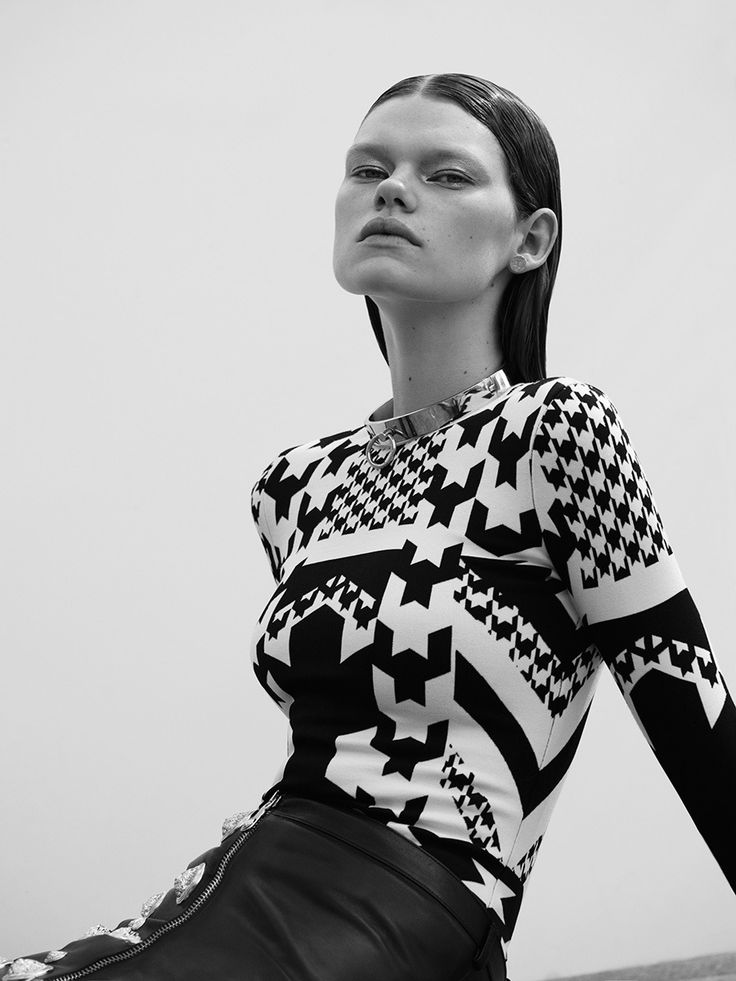 Kelly Mittendorf by Jonas Bresnan for French Revue de Modes