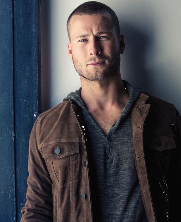 Glen Powell Signs With ICM, Follows Agent Joey Stanton