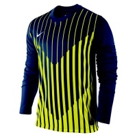The Nike Precision jersey is a stylish addition to the range of Nike football kits. The Nike Precision has a unique and modern design with intersecting graphic on the front of the shirt, trademark Nike logo and crew neck.