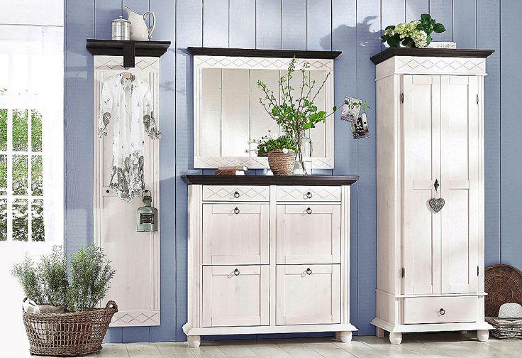 die besten 25 schuhschrank landhausstil ideen auf pinterest schuhschrank ikea weiss kleiner. Black Bedroom Furniture Sets. Home Design Ideas