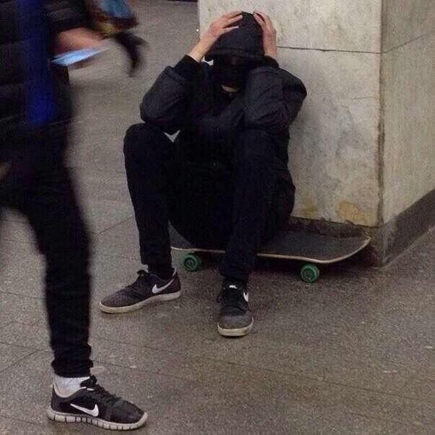 𝐸𝑚𝑖𝑙𝑖𝑎 ☁︎   Skater boys, Skater aesthetic, Grunge aesthetic