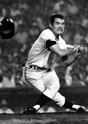 Shigeo Nagashima (長嶋 茂雄,1936) is a Japanese former professional baseball player(1958-1974) and manager. He joined the Yomiuri Giants in 1958. NPB statistics: Batting average .305 Home runs 444 Hits 2471