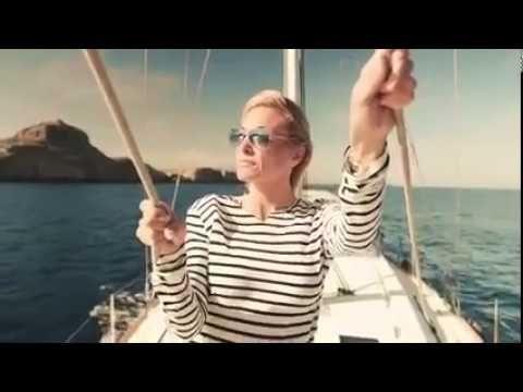 Η Γιάννα Νταρίλη παρουσιάζει τα ελληνικά νησιά στο αμερικάνικο κοινό
