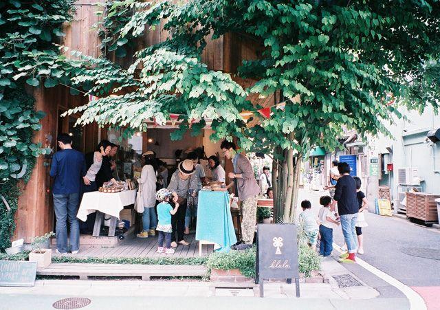 street shop   sangenjaya, japan