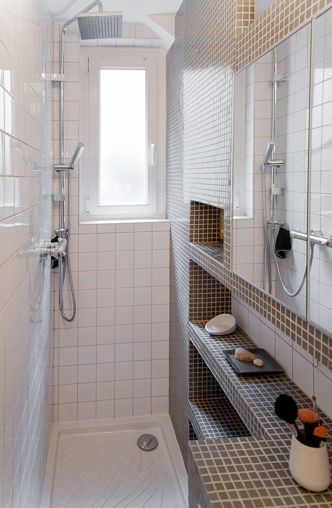 Salle de bains bien pensée dans un couloir! #petitsespaces #T1