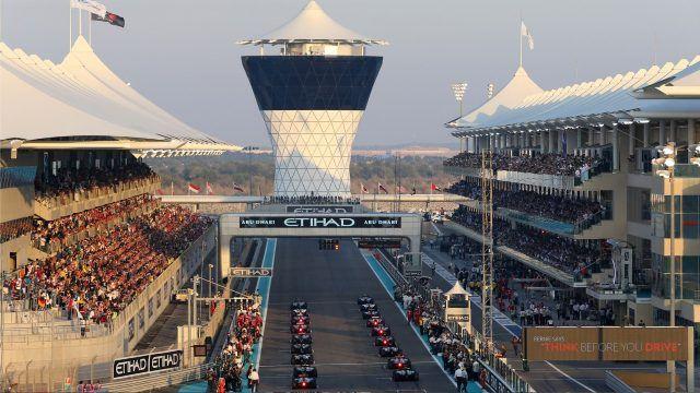 The grid is formed. Formula One World Championship, Rd19, Abu Dhabi Grand Prix