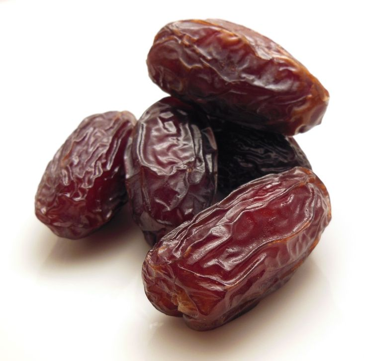 Eat 6 Dates daily in the last 4 weeks of pregnancy to help with birth outcomes