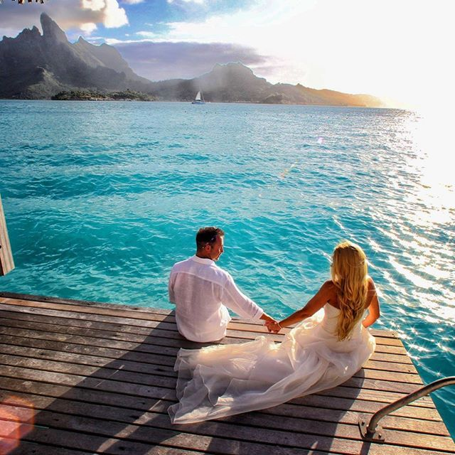 Saint Regis Bora Bora @stregisborabora #borabora #island #paradise #southpacific #sun #beach #sunrise #amazing #dream #holidays #beautiful #bestvacations #photooftheday #picoftheday #photodujour #wedding #tahiti #polynesian #EdouardOTT #instagood