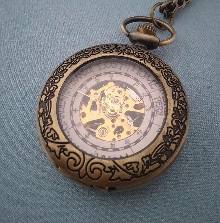 Harry Potter de Wemel familie klok geïnspireerd Pocket Watch door WizardWaresStore op Etsy https://www.etsy.com/nl/listing/503134614/harry-potter-de-wemel-familie-klok