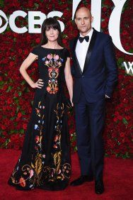 Luxe Red Carpet | 2016 Tony Awards | Liza Marshall in black floral print gown | The Luxe Lookbook