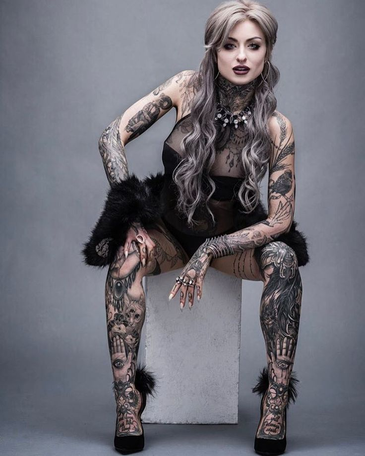 "69.8 ezer kedvelés, 977 hozzászólás – Ryan Ashley Malarkey (@ryanashleymalarkey) Instagram-hozzászólása: ""This is definitely my favorite shot from my @inkedmag @spikeinkmaster shoot with @markmannphoto …"""