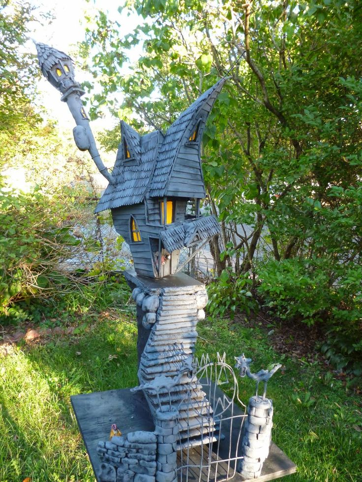 adorable miniature haunted house from the haunted construction co - Miniature Halloween Decorations