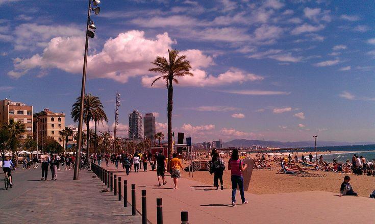 Sonne, Meer, Kultur & Nightlife in Barcelona genießen – Sylvia Sliwinski