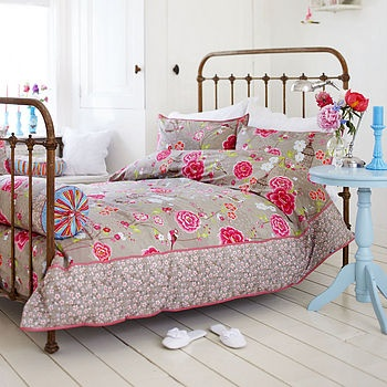 :)Duvet Sets, Pipstudio, Birds Of Paradis, Pip Studios, Beds Frames, Bedrooms, Vintage Girls, Studios Couch,  Day Beds