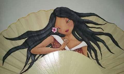 Abanico pintado a mano. Facebook.com/conmismanos.lillo