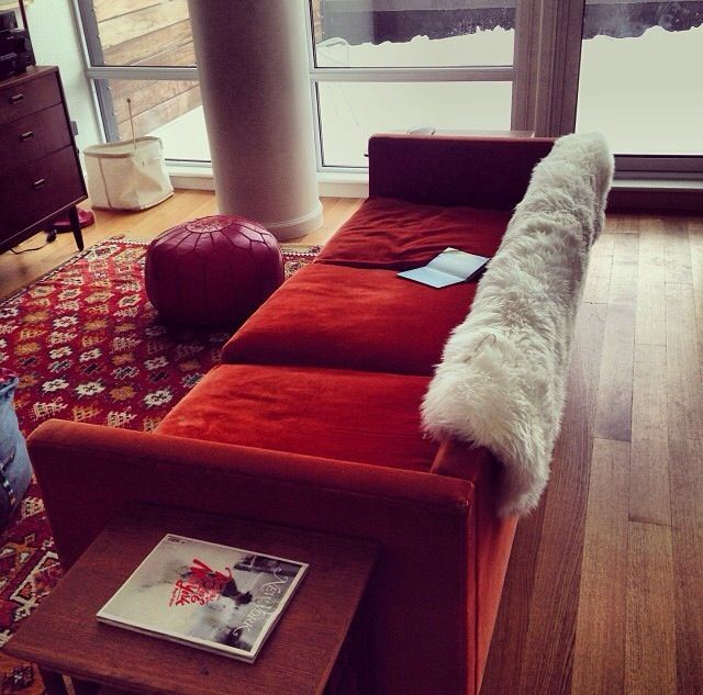 Living Room Ideas With Red Sectional: 17 Best Ideas About Red Sofa Decor On Pinterest