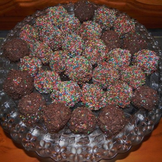 Your Inspiration At Home Chocolate Raspberry Truffle Rainbow Balls. #YIAH Don't forget to check out our website www.sharonking.yourinspirationathome.com.au