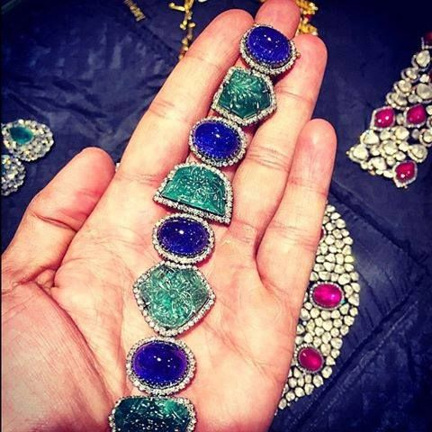 Mughal carved Tanzanite and Emerald bracelet with Diamonds. #Amrapali #ForumCourtyard